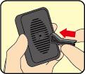 (2)付属のクリップの突起部を背面に差し込む